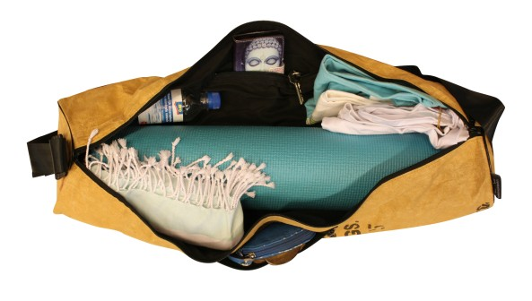 what-fits-in-the-bag-bloom-yoga-bags